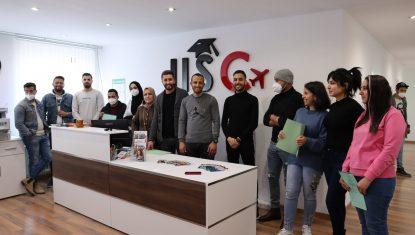 Neben Deutschintensivkursen können Interessenten zusätzlich eine ÖSD-Prüfung bei IISC am Standort Tunis ablegen.